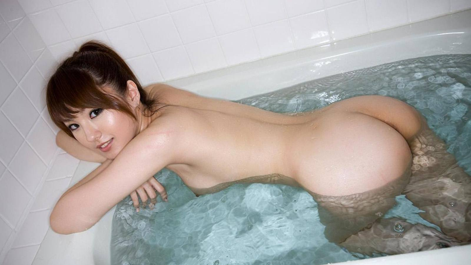 голые японки в ванной фото