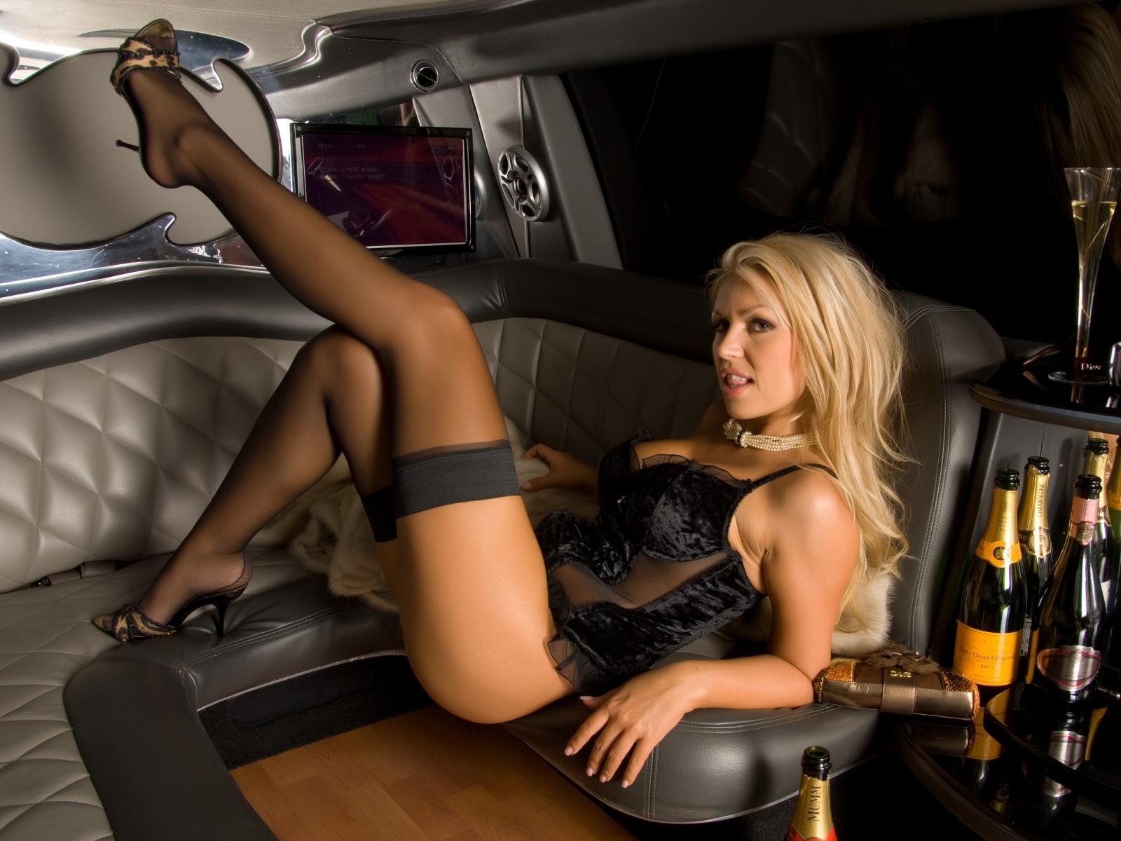 dlinnie-nogi-foto-erotika