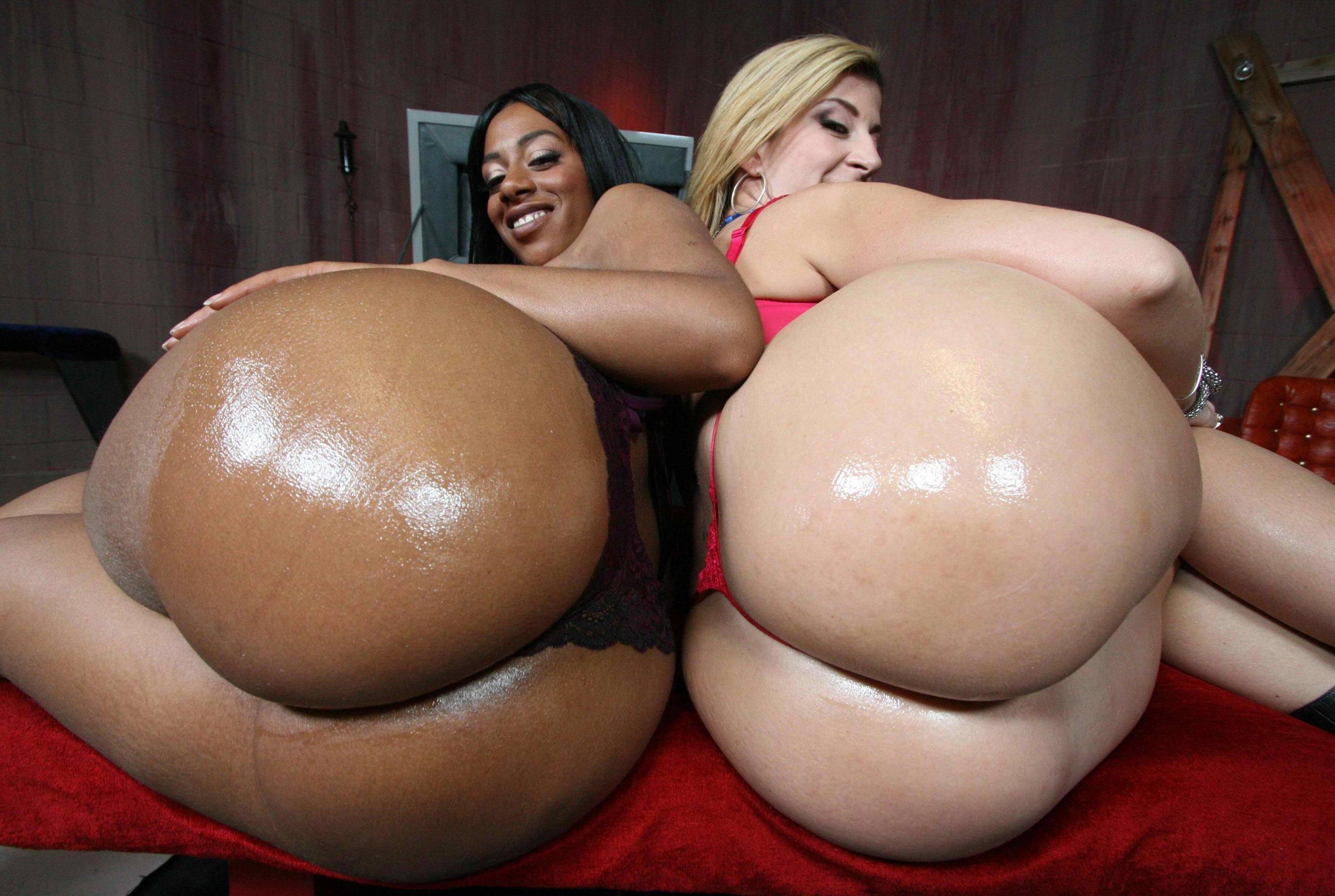 фото секса с большими жопы в масле
