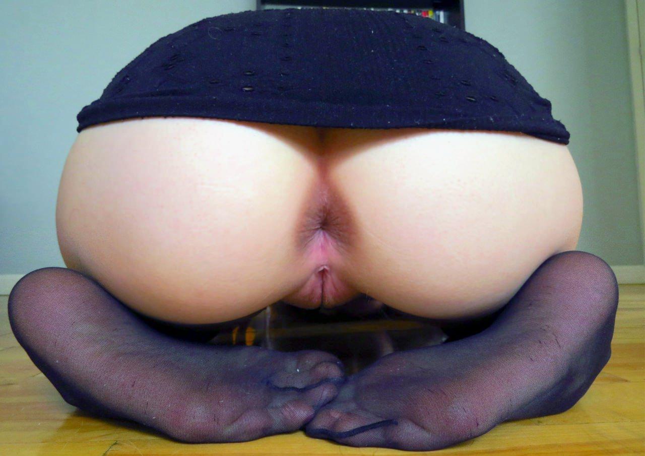 Рыжие девушки голые с большими попками 31 фотография