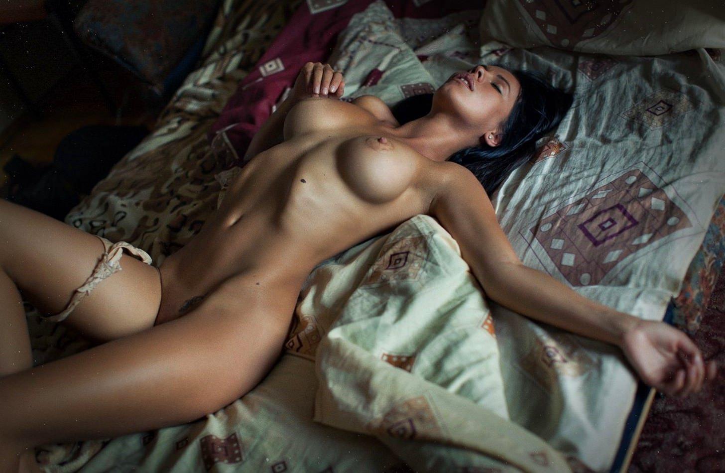 Эротическое фото обнажённых женщин 6 фотография