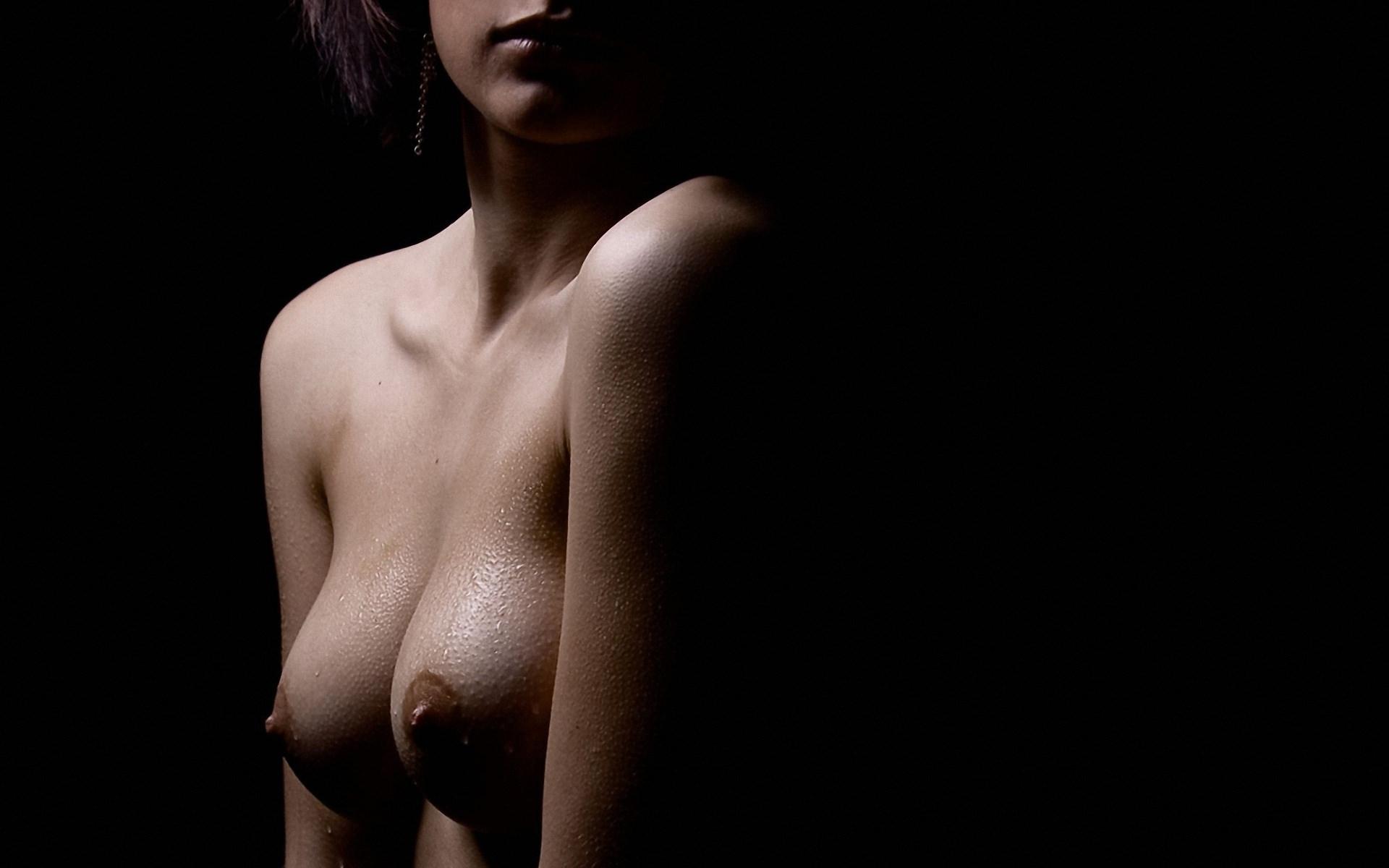 Черные соски девушки фото 22 фотография