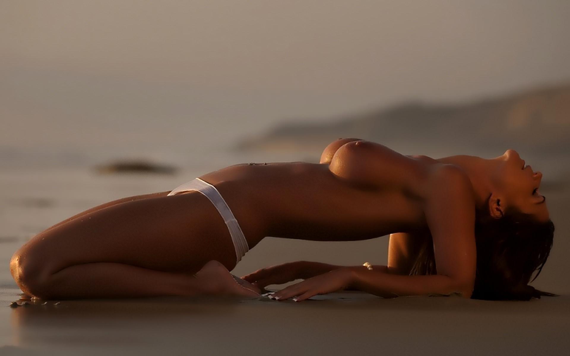 Фото эротических девчонок на закате 20 фотография