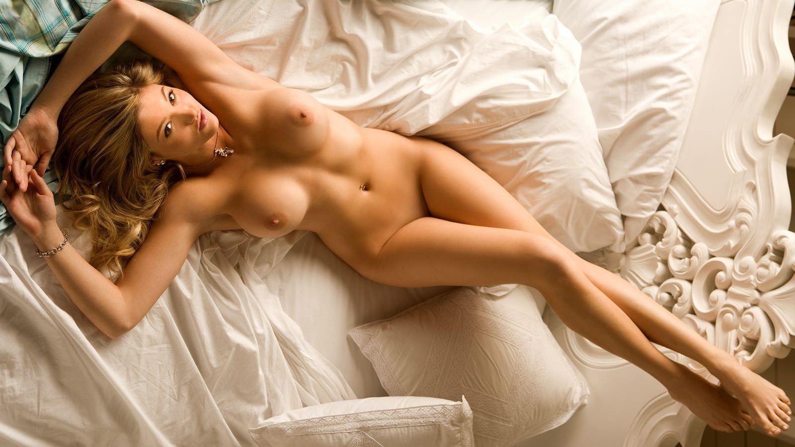 Секс в постели с красивыми девушками 28 фотография