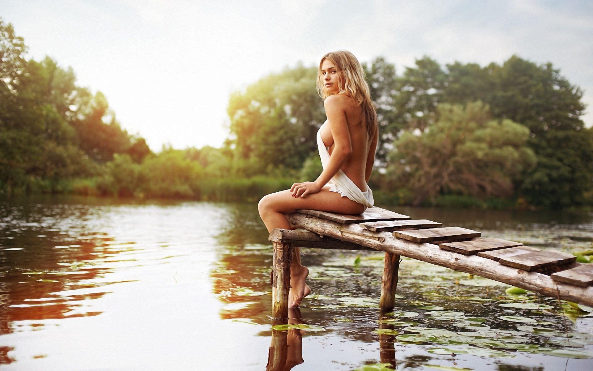 Фото красивых девушек со спины ню 18 фотография