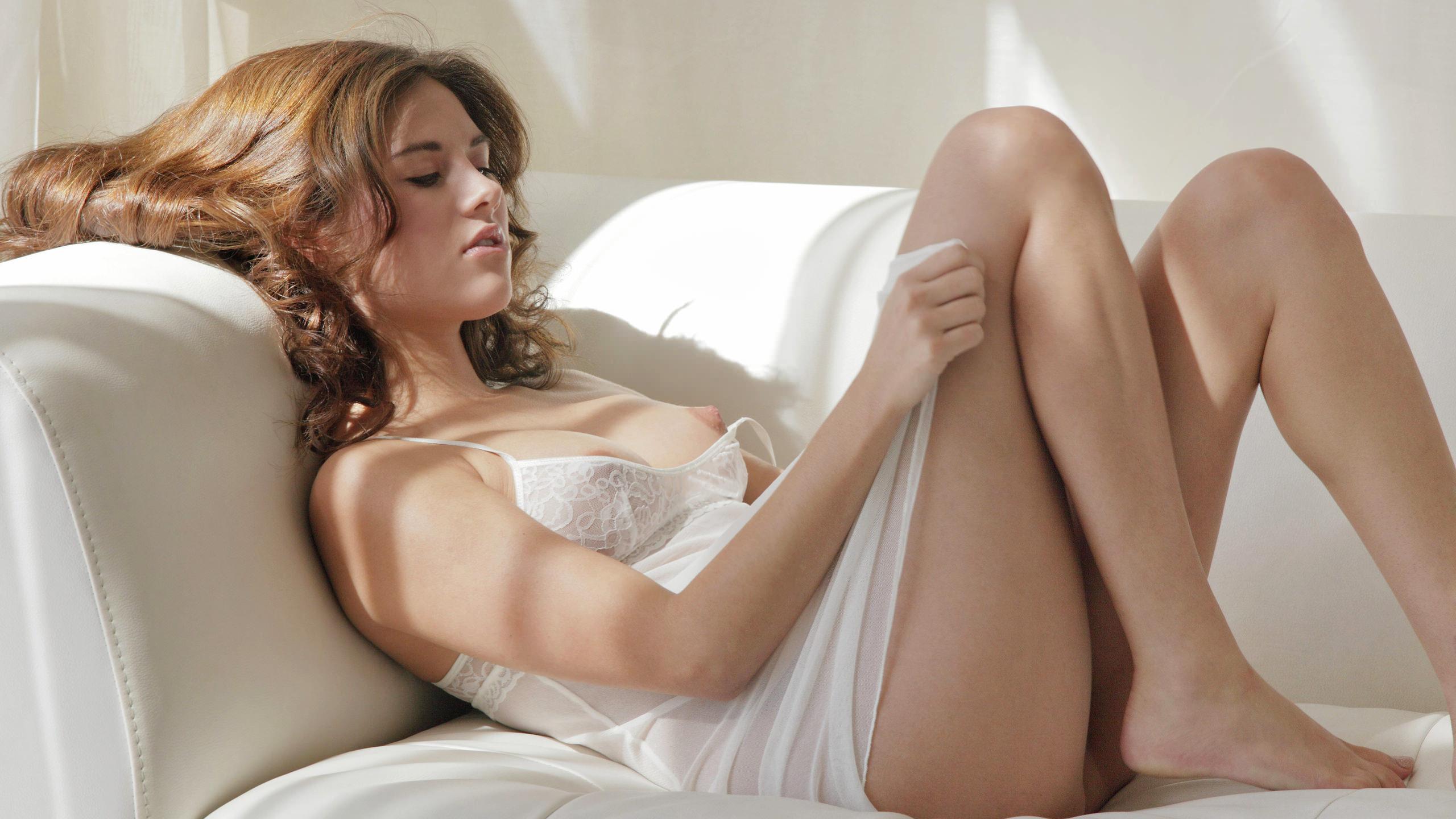 Секс со спящими девушками в красивых ночнушках — photo 10