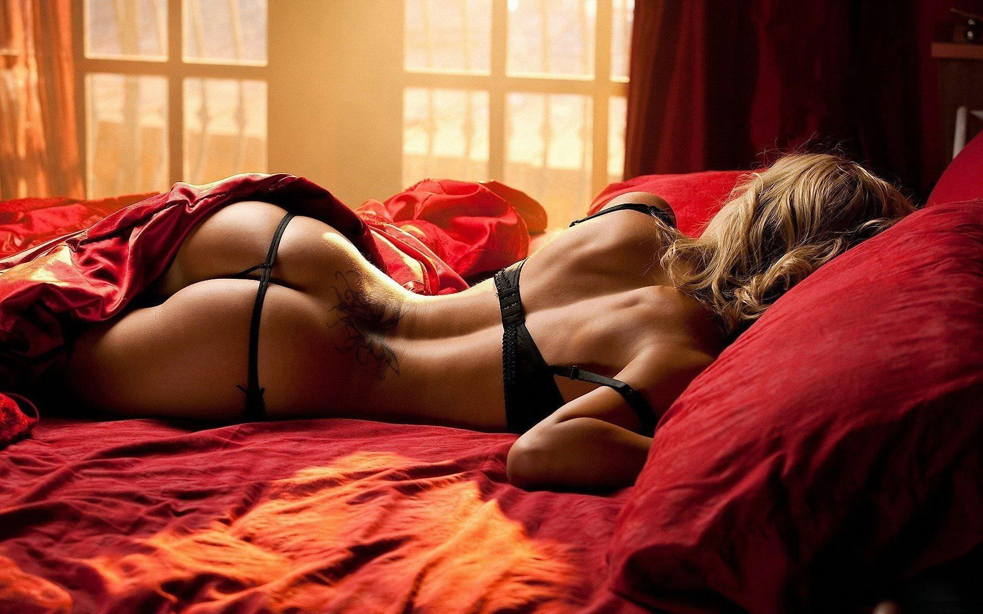 Фото девушки в сексуальних стрингах 15 фотография