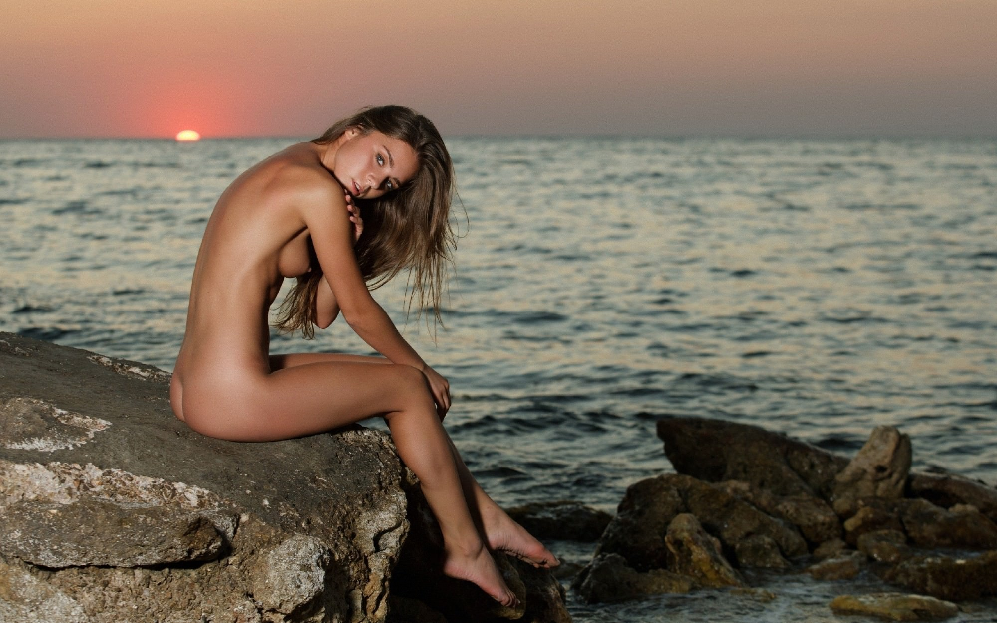 Фото эротических девчонок на закате 10 фотография