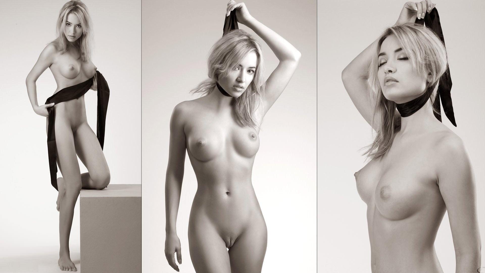 Черно белые голые красотки 12 фотография