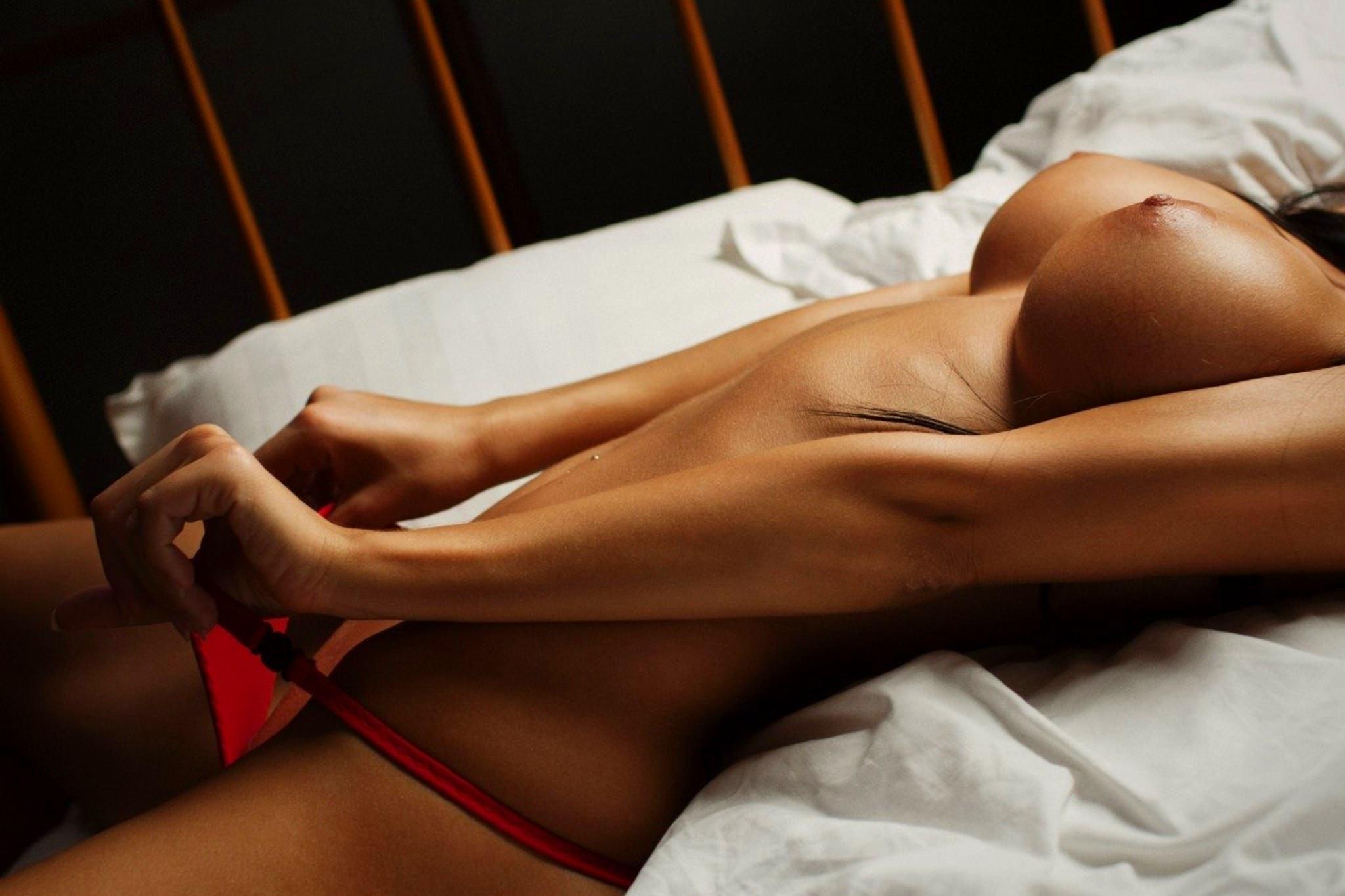 Эротические тела девушек 5 фотография