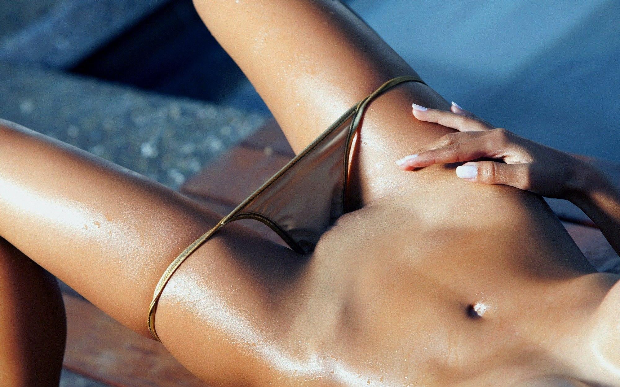 foto-samih-krasivih-mokrih-zhenskih-kisok-siski-harman-erotika-nd-video