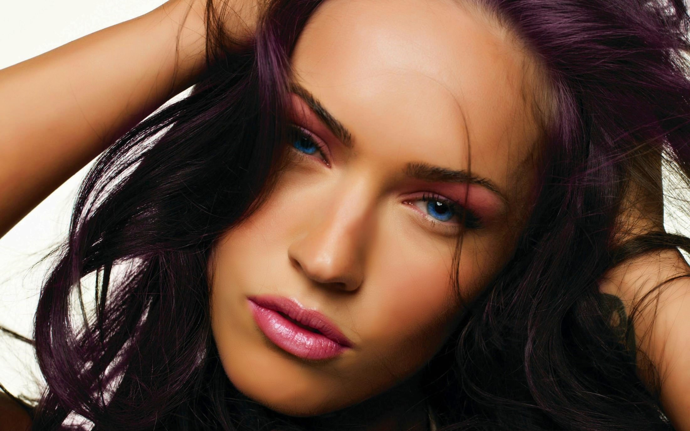 Самые красивые девушки мира по версии интернета 3 фотография